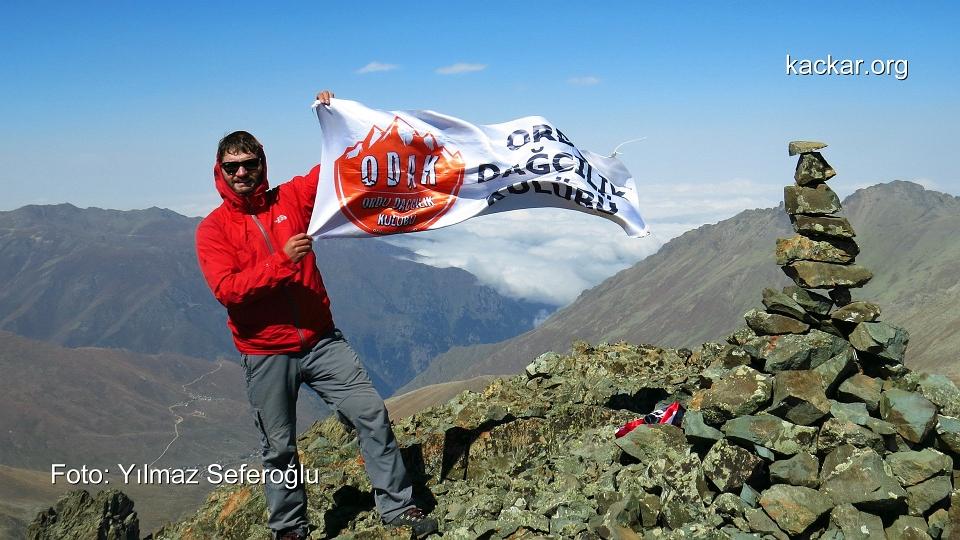 Kaçkar Tatos Dağı 3645 mt. zirve tırmanışı
